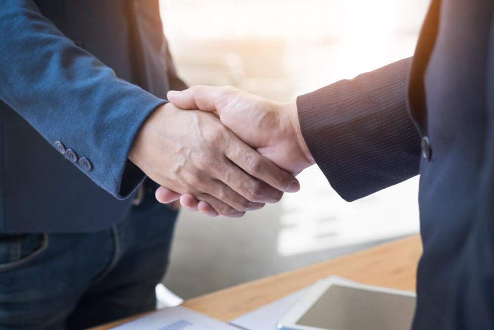 ondertekening contract in valencia